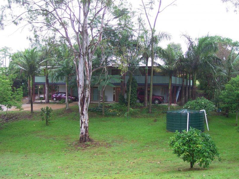 33 Pamela Road, Araluen QLD 4570