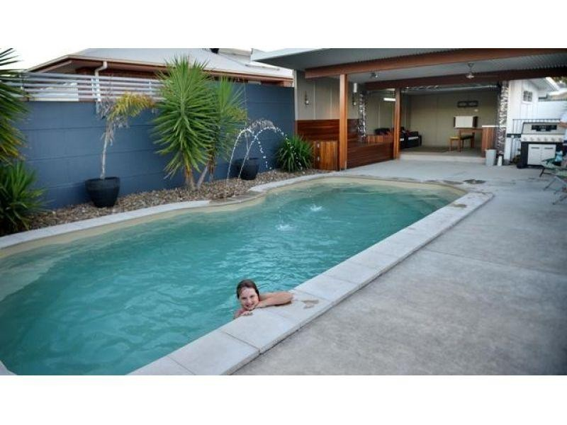 1 Centenary Close, Gympie QLD 4570