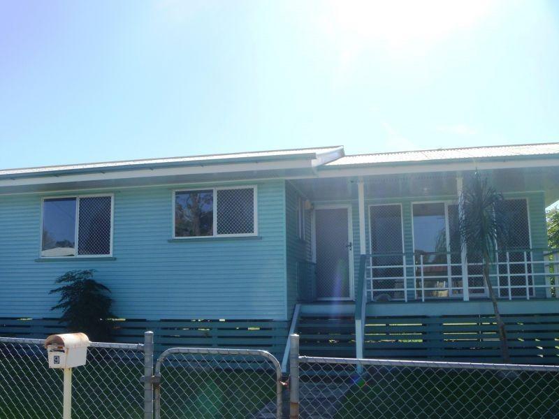 9 Neil Street, Southside QLD 4570