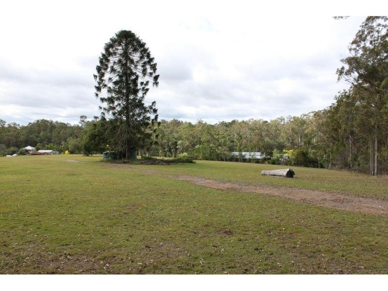 Off David Street, Araluen QLD 4570