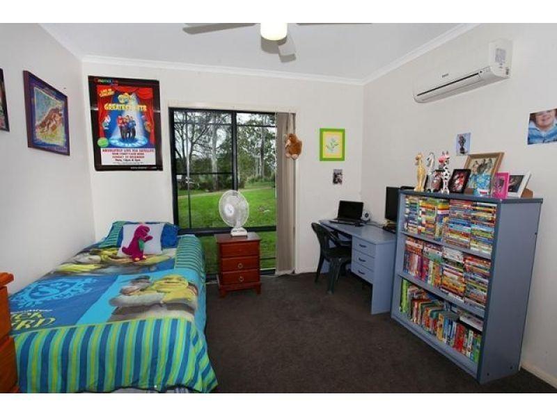 98 Benson Road, Araluen QLD 4570