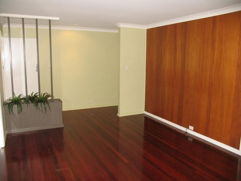 7 Dent Lane, Gympie QLD 4570