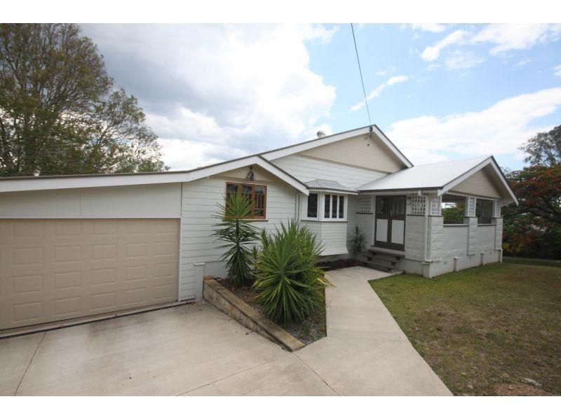 31 Watson Road, Southside QLD 4570