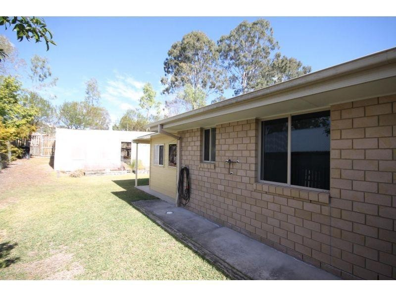 35 Gympie View Dr, Southside QLD 4570