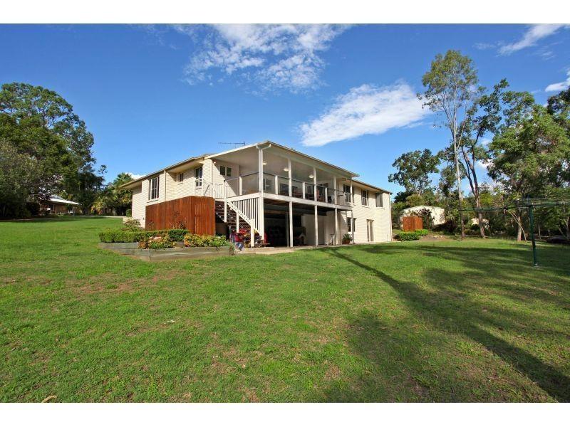 11 Topaz Court, Southside QLD 4570
