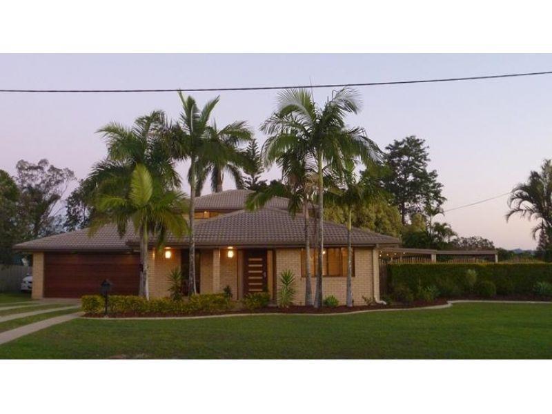3 Australia Drive, Southside QLD 4570