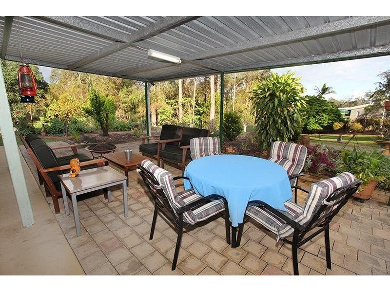 15 Van Doren Road, Southside QLD 4570