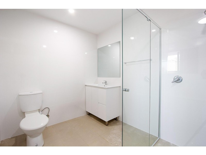 2/38-40 Macklin Street, Pendle Hill NSW 2145