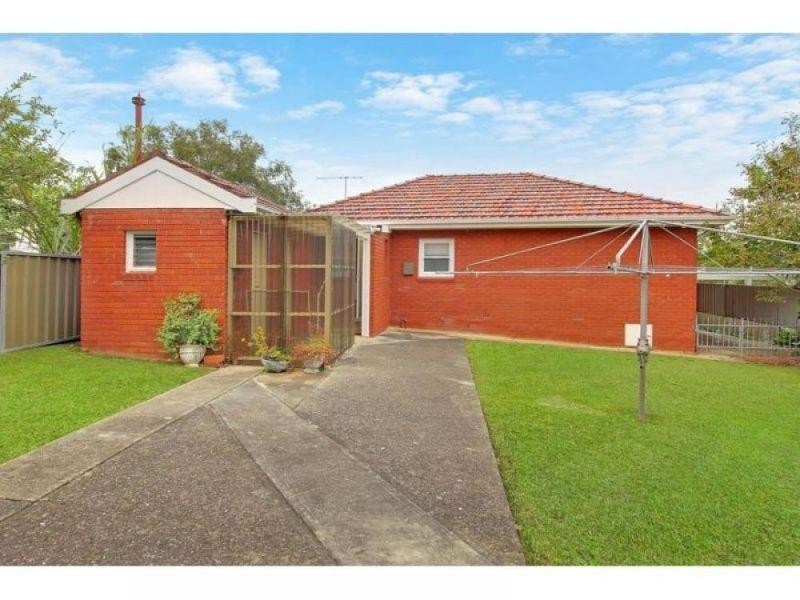 1 Essington Street, Wentworthville NSW 2145