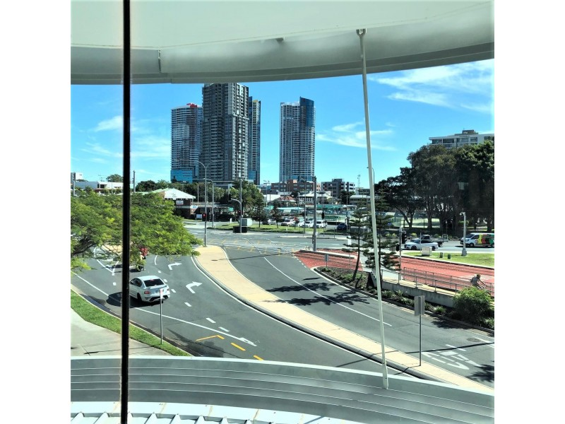 505 / 1 Como Crescent, Southport QLD 4215
