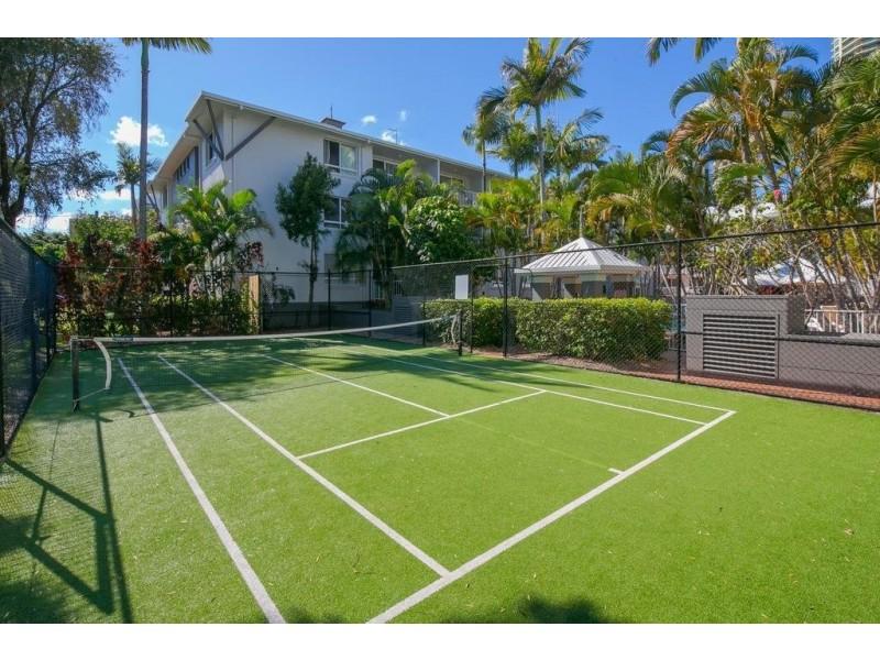 35 Palm Avenue, Surfers Paradise QLD 4217