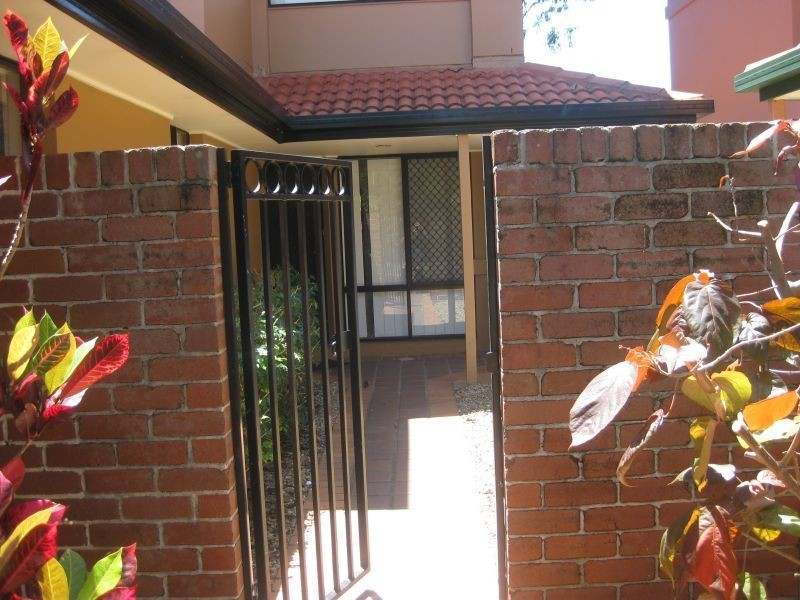 216, 125 Hansford Road, Coombabah QLD 4216