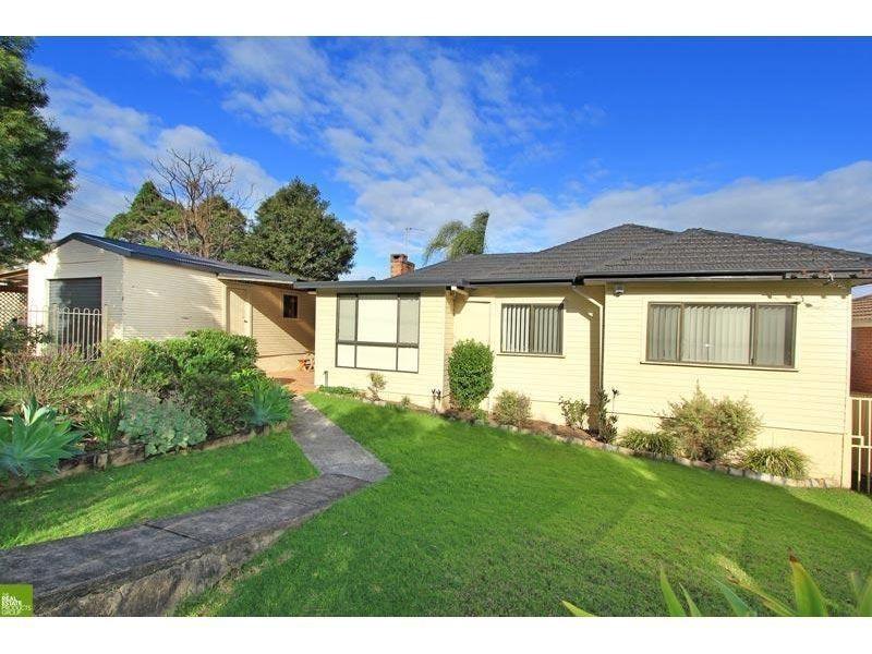 39 Beverley Avenue, Unanderra NSW 2526