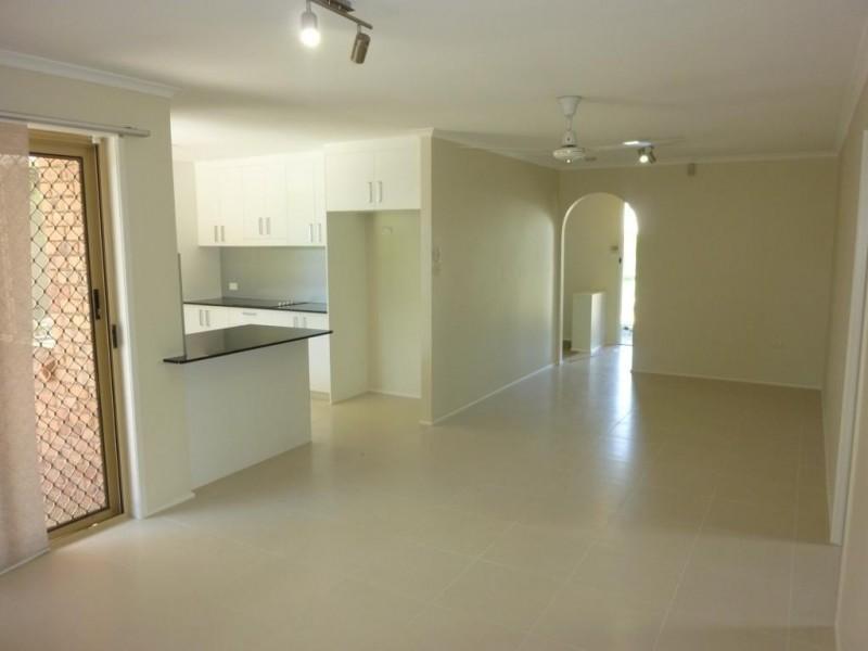 25 Loughrea Street, Tingalpa QLD 4173