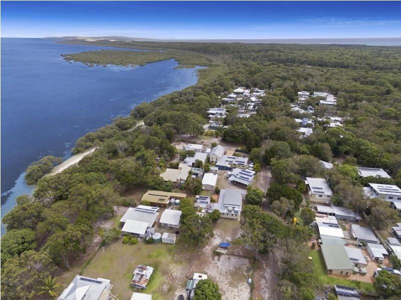 85 Kooringal Esplanade, Kooringal QLD 4025
