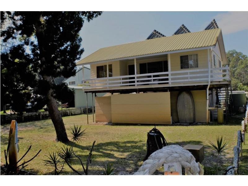 37 Midgen Street, Kooringal QLD 4025