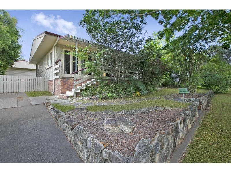 15 Whitford Street, Tingalpa QLD 4173