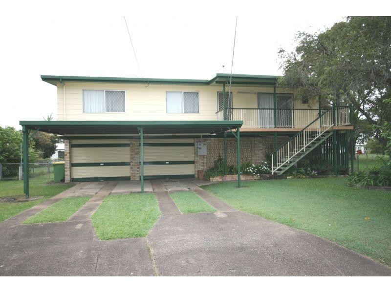 6 James Street, Southside QLD 4570