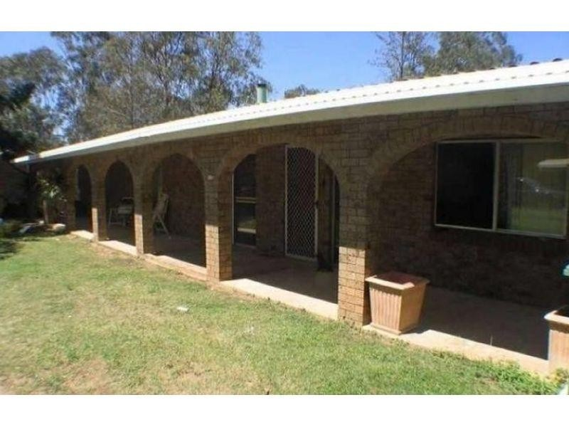115 Mary Street, Blackstone QLD 4304