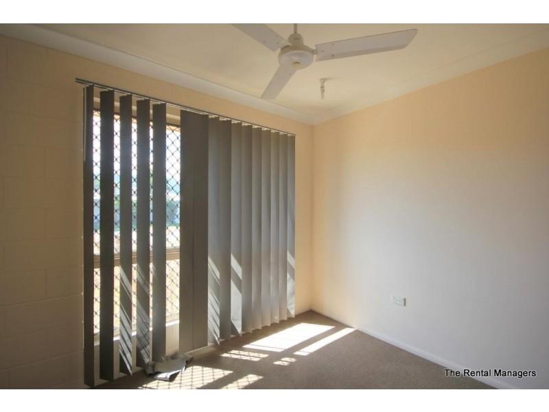 25 Leila Avenue, Rasmussen QLD 4815