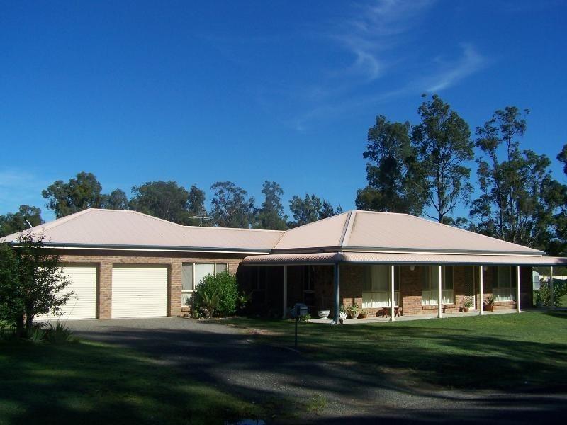 18 Stirling Street, Abernethy NSW 2325