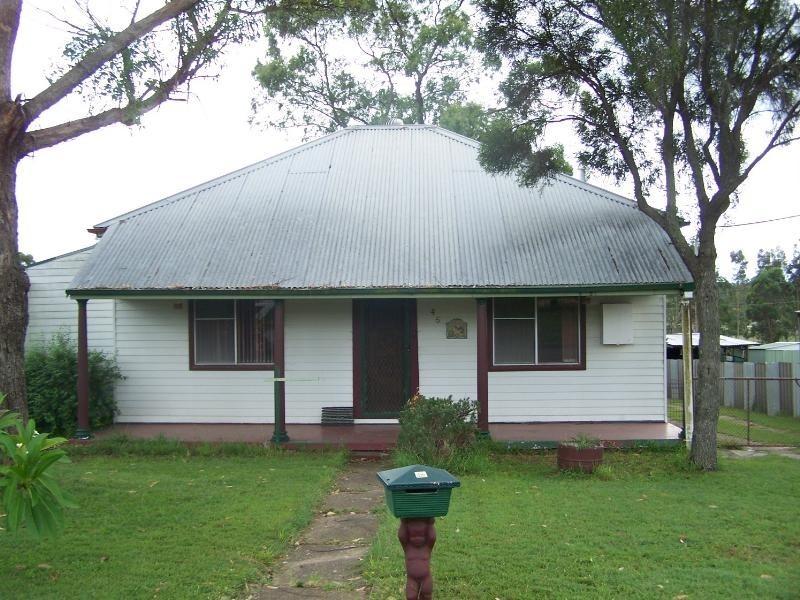 45 Lismore Street, Abermain NSW 2326