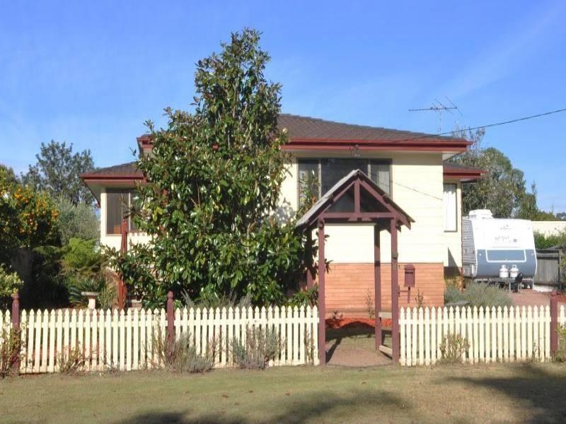 16 Abermain Street, Abermain NSW 2326