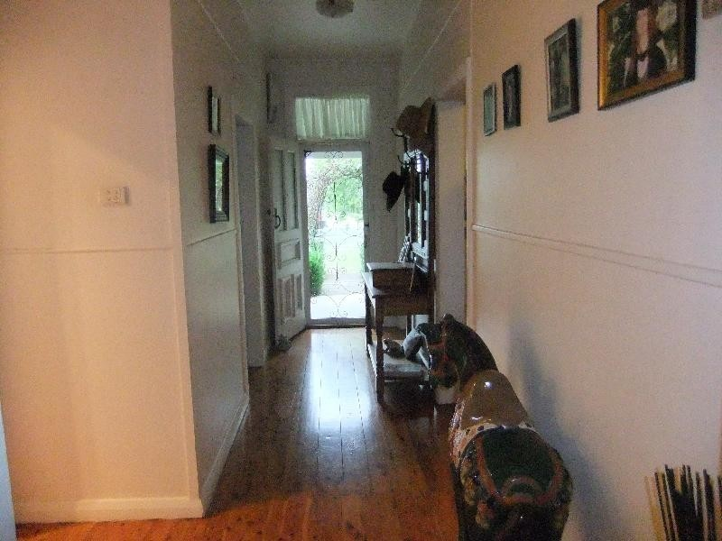 34 Perth Street, Aberdeen NSW 2336