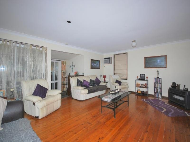 13 Dog Trap Road, Ourimbah NSW 2258