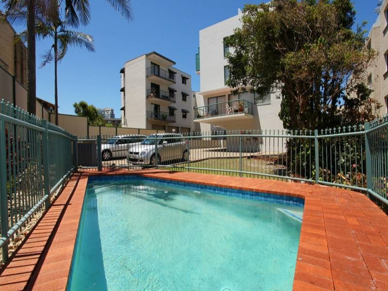 1/62 Edmund Street, Kings Beach QLD 4551