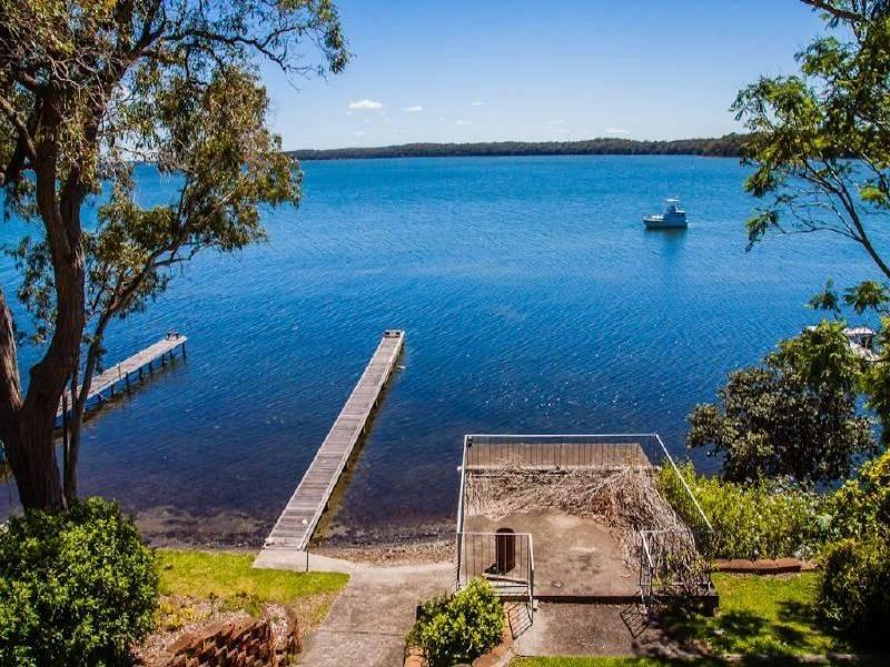 59 Gordon Avenue, Summerland Point NSW 2259