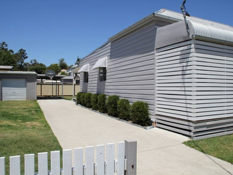 20 Elizabeth Street, Abermain NSW 2326