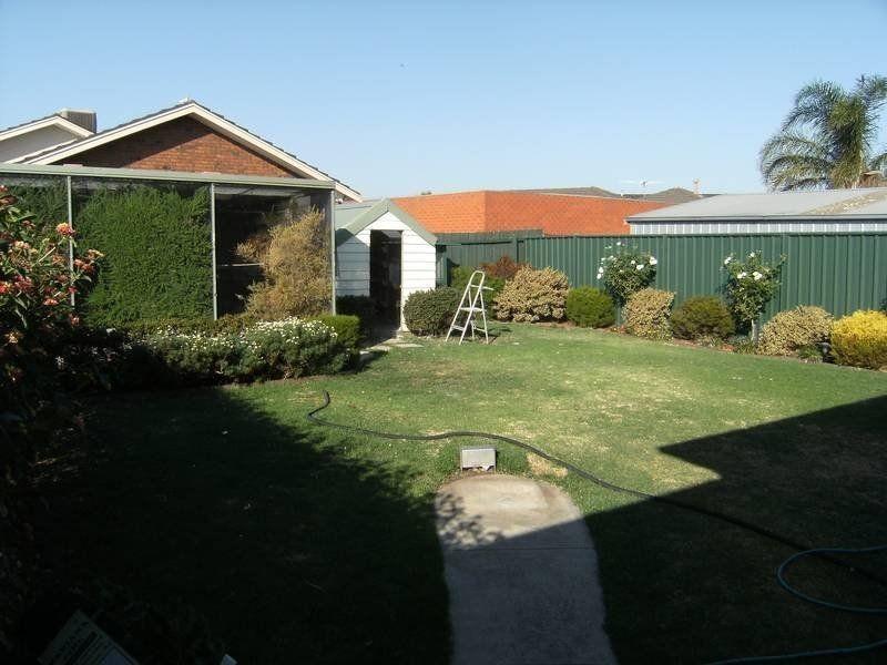 300 Sunshine Avenue, Keilor Downs VIC 3038