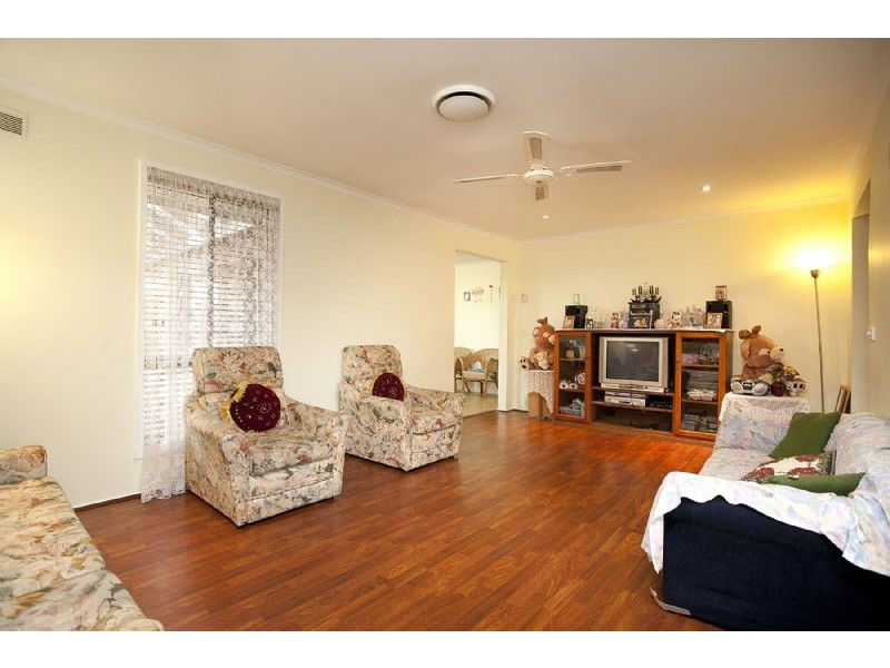 61 Stevenage Crescent, Deer Park VIC 3023
