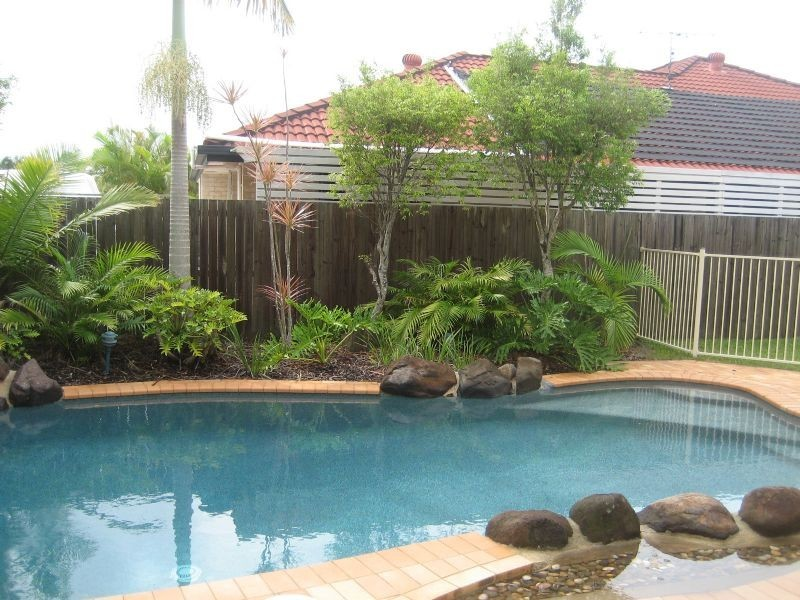 25 Gradorean Street, Pelican Waters QLD 4551