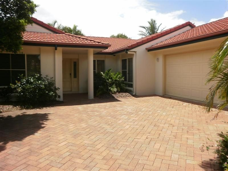 6 Otter Court, Pelican Waters QLD 4551