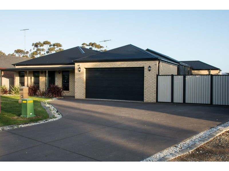 4 Edenborough Way, Bannockburn VIC 3331