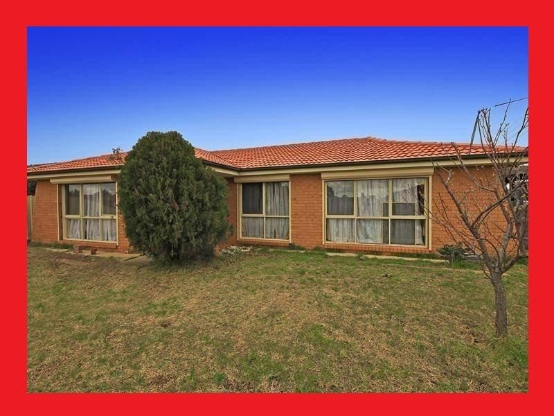 50 Fairfax Cct, Albanvale VIC 3021