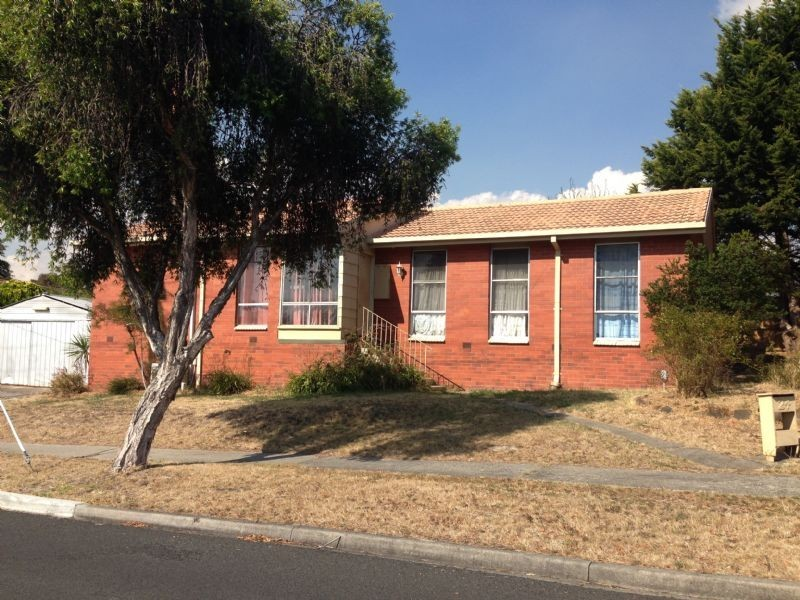 24 Switchback Road, Churchill VIC 3842