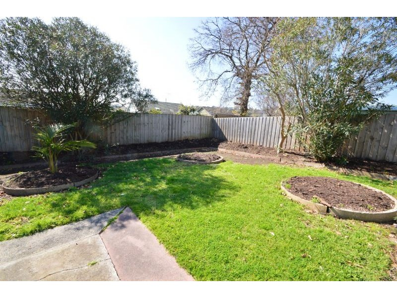 3 Railway Avenue, Ashwood VIC 3147