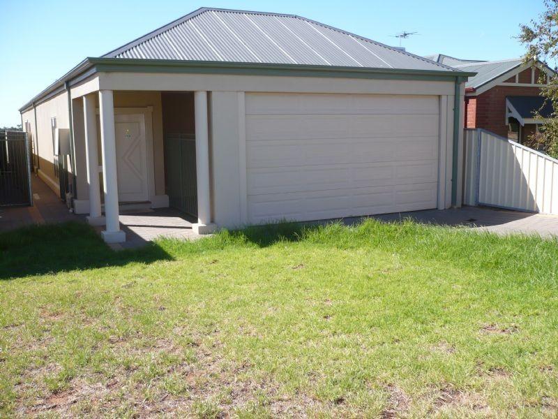 73b Summer Drive, Buronga NSW 2739