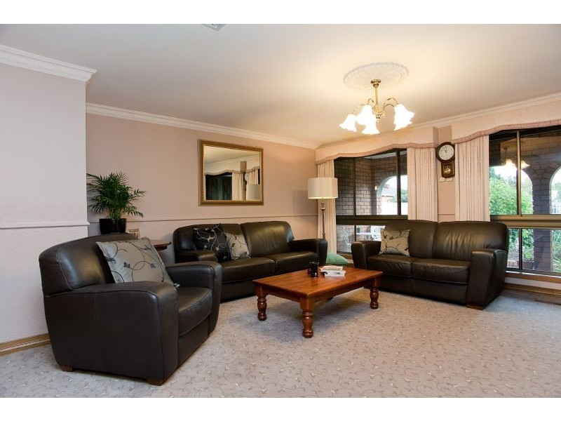 25 Hardy Avenue, Craigieburn VIC 3064