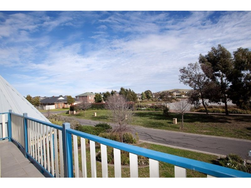 6 Sunset Court, Craigieburn VIC 3064