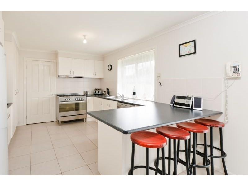 5 Tallgum Place, Craigieburn VIC 3064