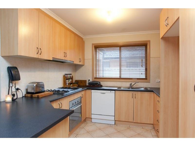 5 Ballybunion Avenue, Craigieburn VIC 3064