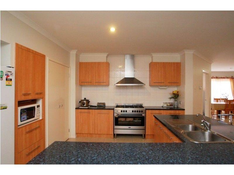 51 Exmouth Road, Craigieburn VIC 3064