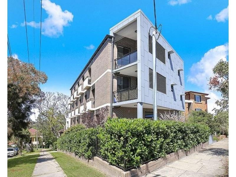 2.05/22 Greenwich Road, Greenwich NSW 2065