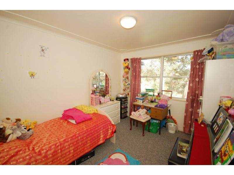 90 The Round Drive, Avoca Beach NSW 2251